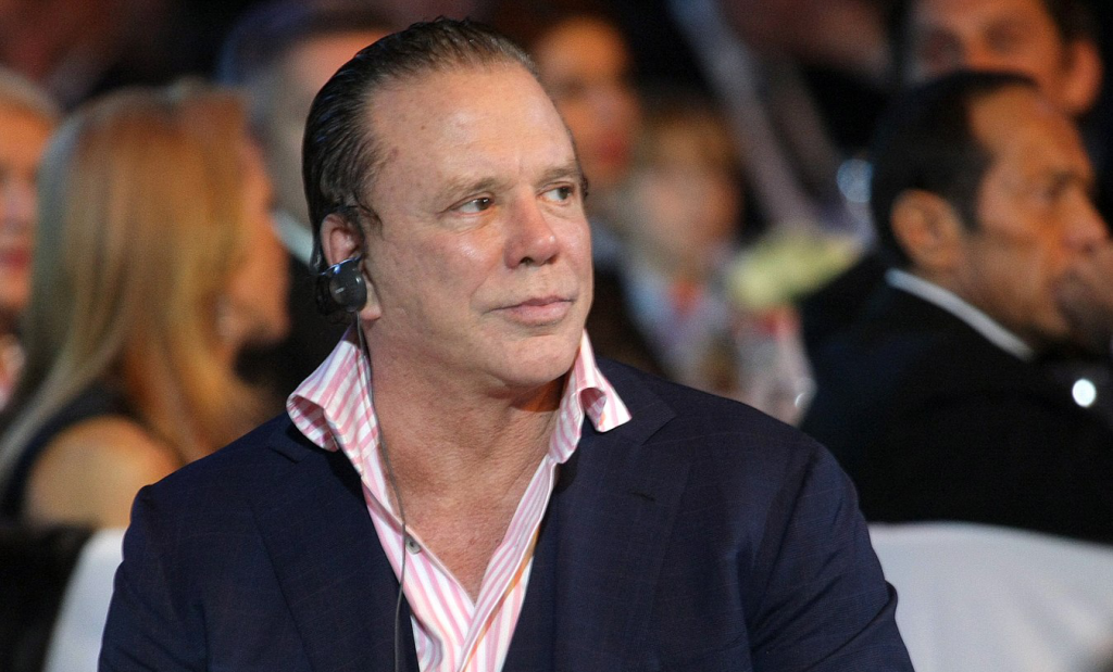 Mickey Rourke got nose Job