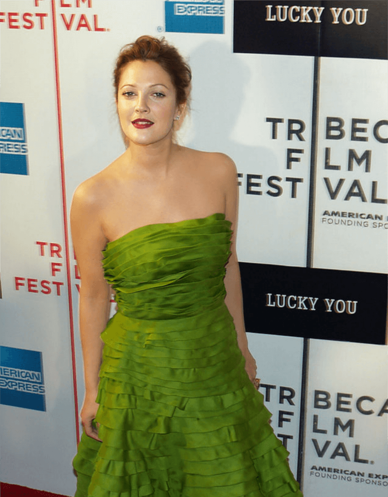 Drew Barrymore - Breast reduction