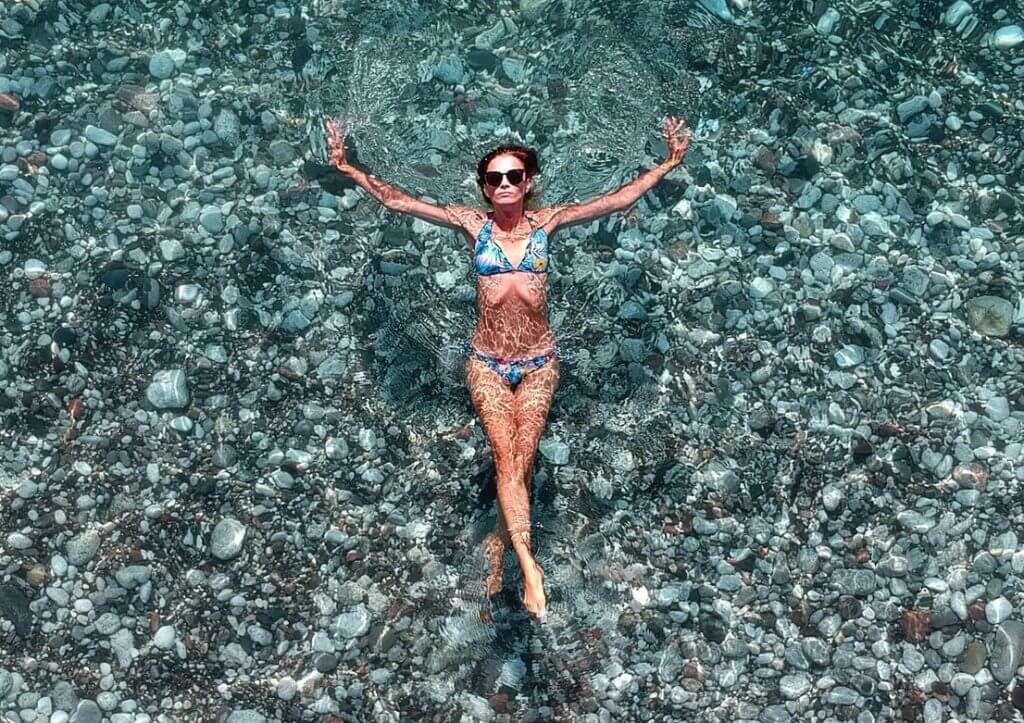 CoolSculpting - Swimming Lady